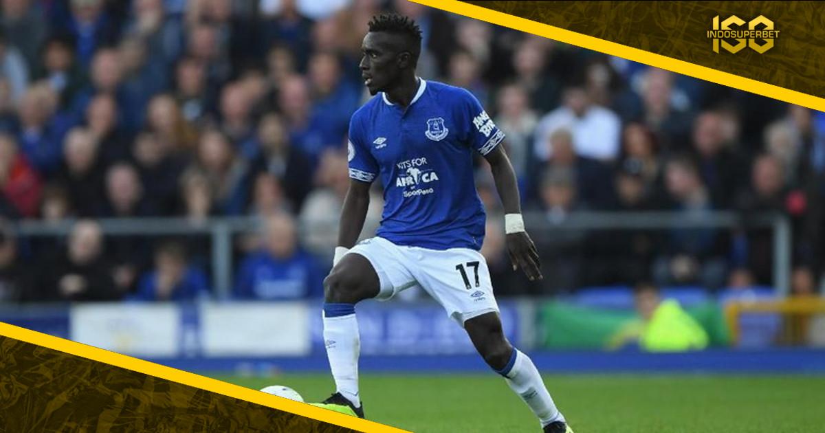 Everton Tolak Godaan Uang PSG untuk Lepas Gueye